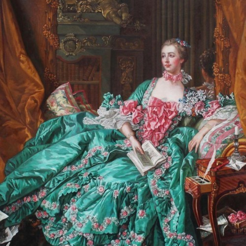 Девушка в зеленом платье 66